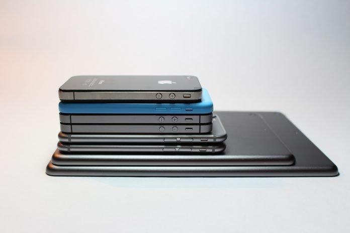Best Phones Under 15000 in India