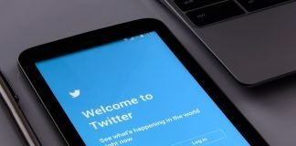 Twitter Testing Some New Features like Presence and Reply Threading