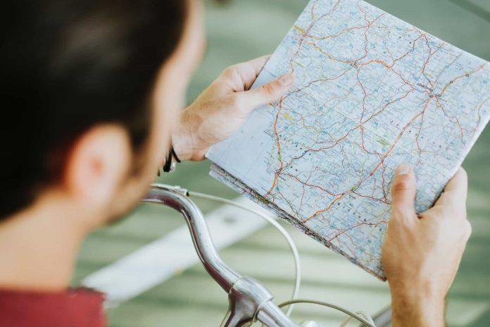 Google Maps SOS Alert adds Navigation Warning